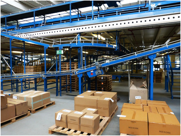 What Role Does Technology Play in the Courier Industry