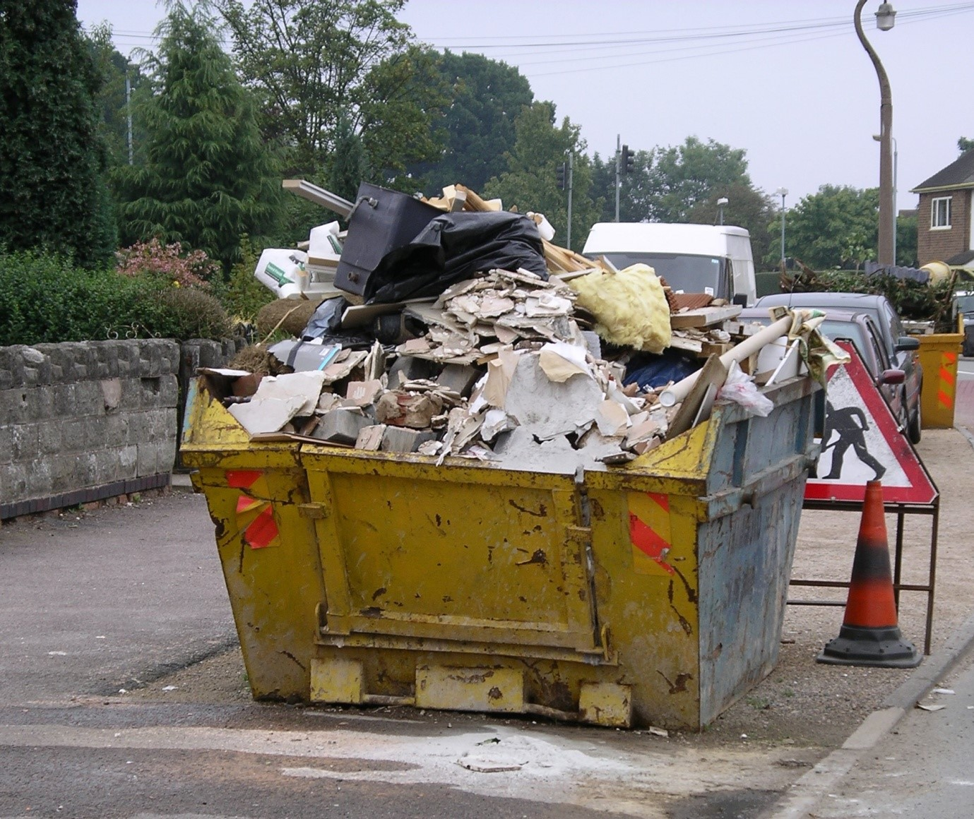 Understanding the rules and regulations surrounding skip hire 2